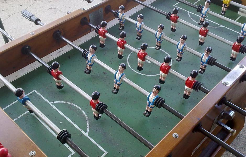 Creativando - Actividades - Interiores - Campeonato Futbolín
