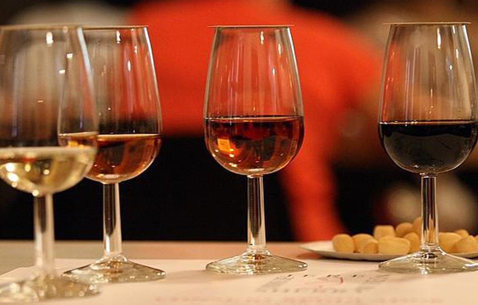 Creativando - Actividades - Talleres - Cata de Vino