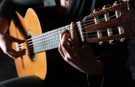 instrumento andaluz guitarra flamenca